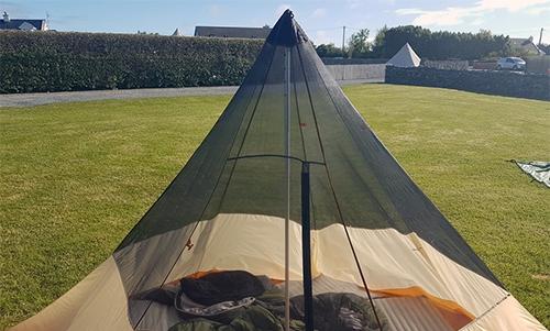 Photo de tente à mât