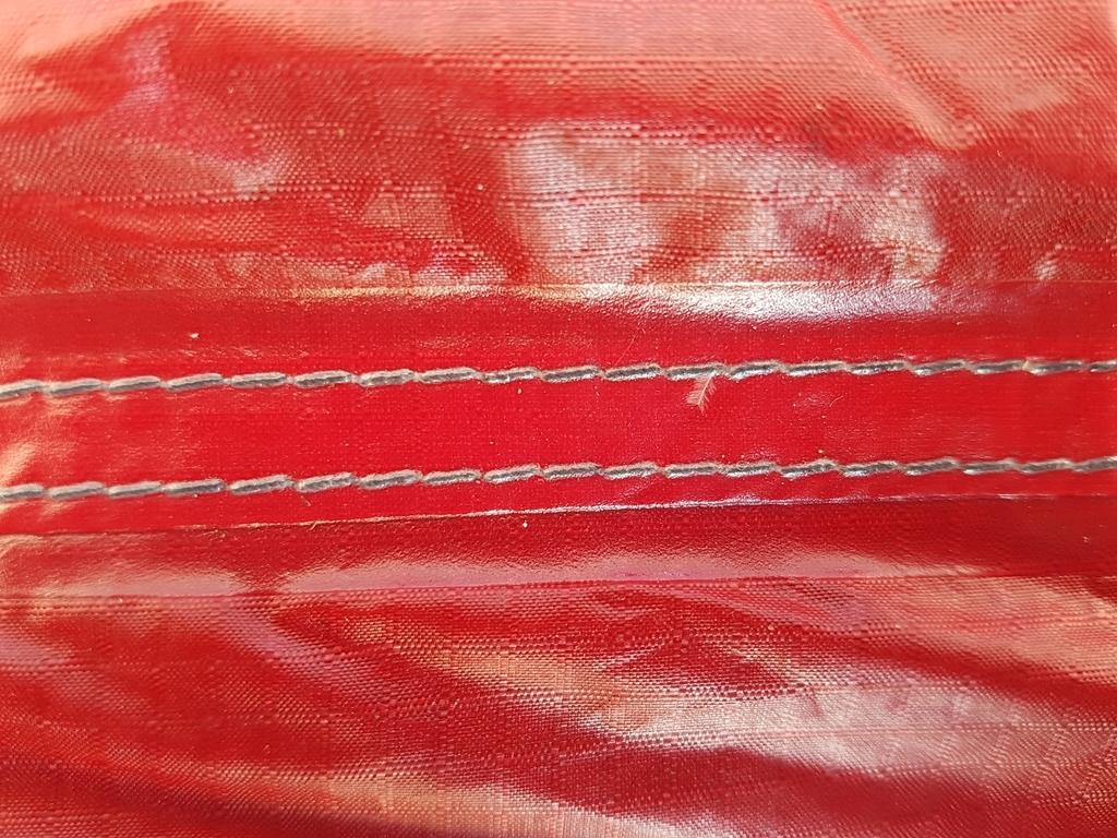 Nylon Ripstop - enduction Polyuréthane - Coutures thermo-soudées